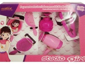 Studio Girl Kit 1