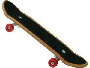 12104 – Skate de Dedo c/ Acessórios 19x14x2cm 4por10